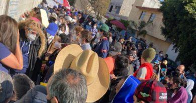 Se registra desorganización en aplicación de la vacuna contra COVID-19 en Cacalotepec, Puebla
